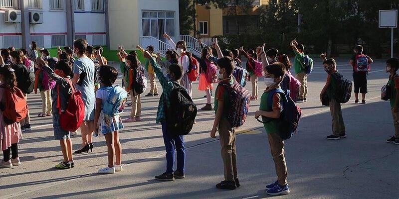 Pazartesi günü okullar açılıyor... İçişleri Bakanlığı alınan önlemleri açıkladı