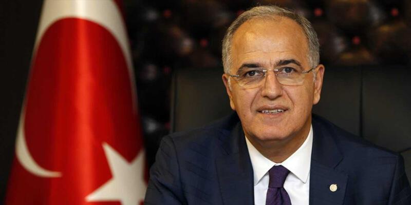 Mehmet Akif Üstündağ: Şampiyon olamadığımız için özür diliyorum