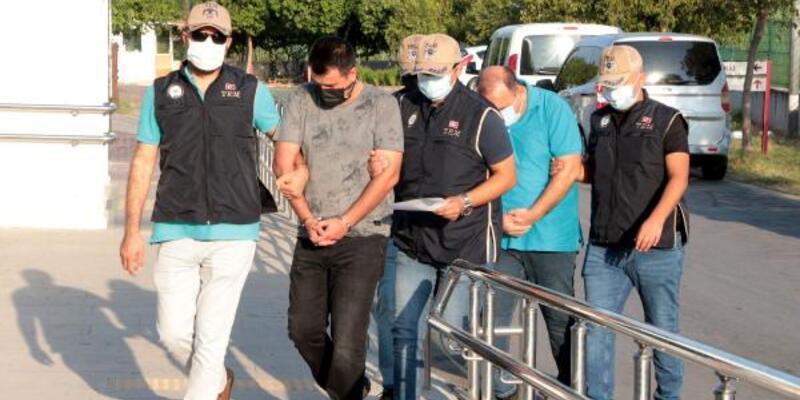 Adana merkezli 3 ilde FETÖ operasyonu: 10 gözaltı