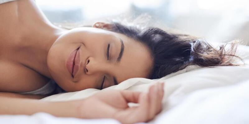 Sıcak havalarda 1 saatlik öğle uykusu vücuda faydalı mı?