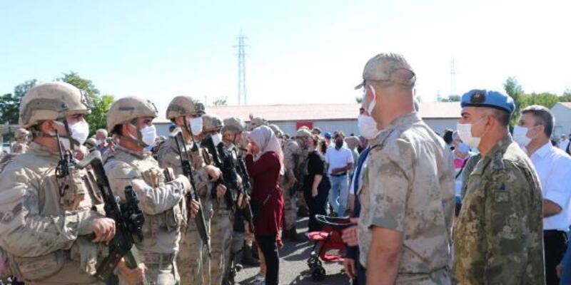 Bingöl'den komandolar, dualarla Suriye'ye uğurlandı