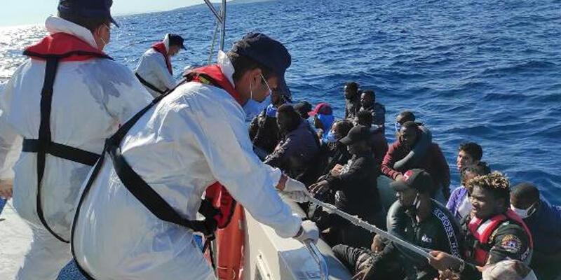İzmir'de 3 günde 184 kaçak göçmen kurtarıldı