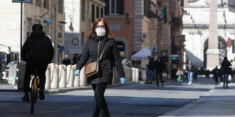İtalya'da Kovid-19 aşısı tamamlananların sayısı 40 milyonu geçti