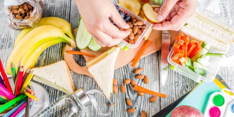 Çocuklar okula gitmeden önce kahvaltı yapmalı mı?