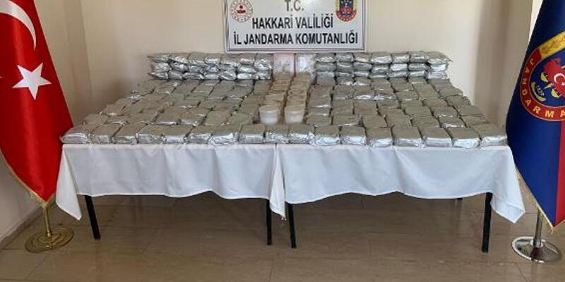 MİT ve jandarmanın operasyonunda 173 kilo eroin ile 16 kilo metamfetamin ele geçirildi