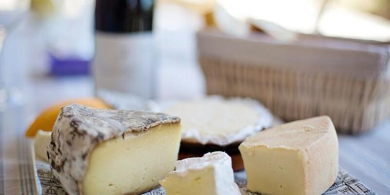 Rüyada Peynir Görmek Ne Anlama Gelir? Rüyada Peynir Yemek Nasıl Yorumlanır?