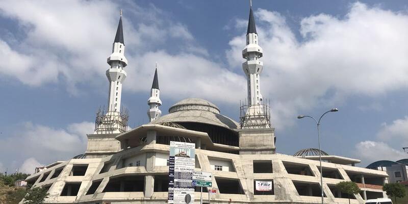 Ezan Duası Türkçe, Arapça Okunuşu Ve Anlamı: Ezan Duası Faziletleri Ve Faydaları (Tefsir Ve Diyanet Meali Dinle)