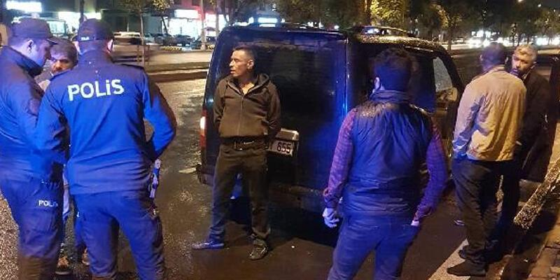 Polisin 'dur' ihtarına uymayan araçtakiler kaçamadı; 3 gözaltı