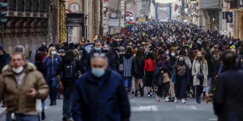 İtalya'da son 24 saatte Kovid-19'dan 50 kişi hayatını kaybetti