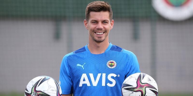Fenerbahçe Miha Zajc'ın transfer ücretiyle ilgili açıklama yaptı
