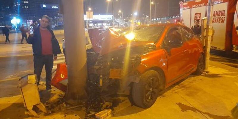 Zeytinburnu sahil yolunda kaza: 2 yaralı