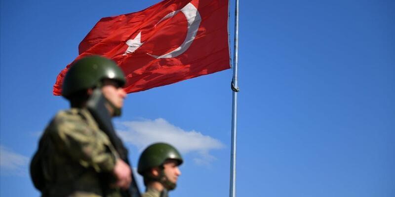 SON DAKİKA: Yunanistan'a geçmeye çalışan 5 kişi yakalandı
