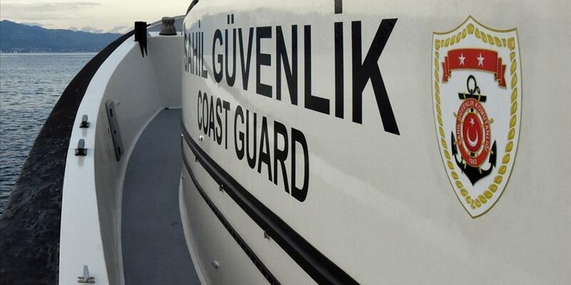 Türk kara sularına bırakılanFETÖ'cü eski 3 üsteğmen su altı scooterla kaçmış