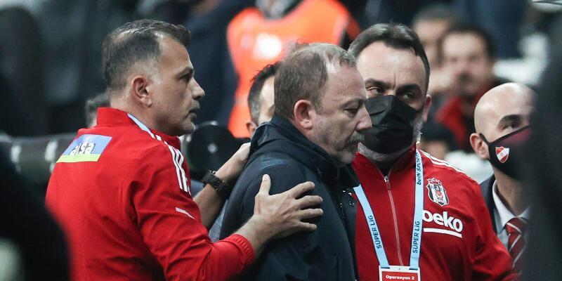 Son dakika... Beşiktaş Teknik Direktörü Sergen Yalçın kırmızı kart gördü