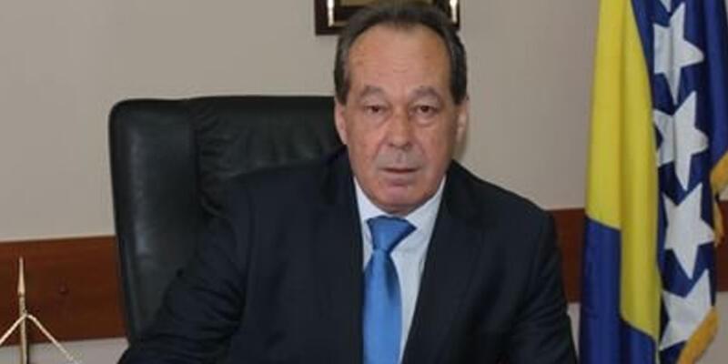 Bosna Hersek Savunma Bakanı Sifet Podzic görevden alındı