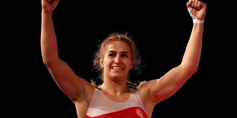 Buse Tosun Çavuşoğlu dünya üçüncüsü oldu