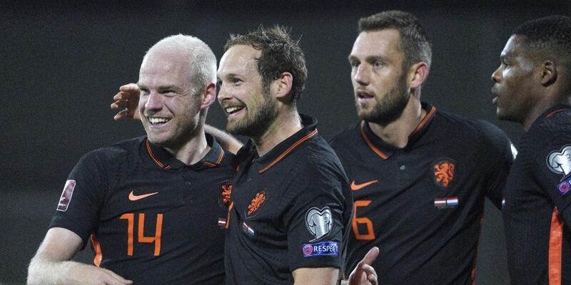 Hollanda, Letonya'yı tek golle geçti!