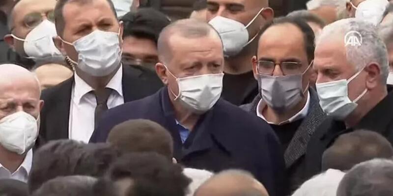 Cumhurbaşkanı Erdoğan, İstanbul'da iş insanı Ahmet Gür'ün cenazesine katıldı