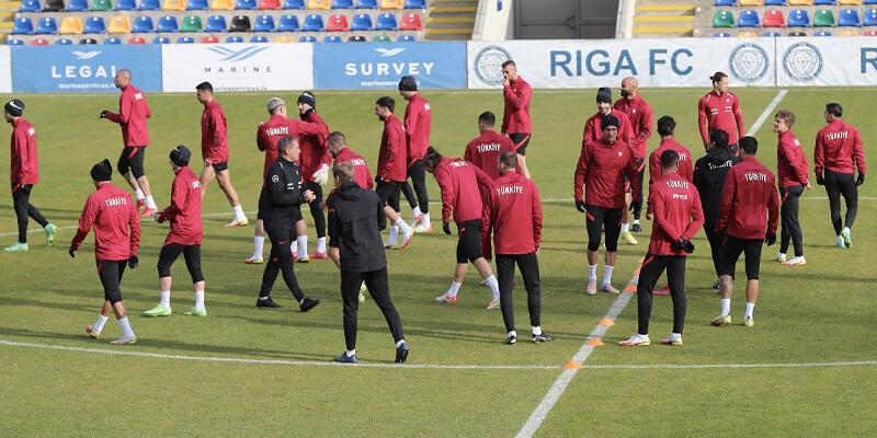 A Milli Takım, Letonya maçı öncesi son antrenmanını yaptı