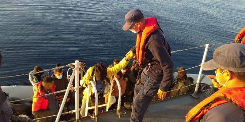Kuşadası açıklarında 30 kaçak göçmen kurtarıldı