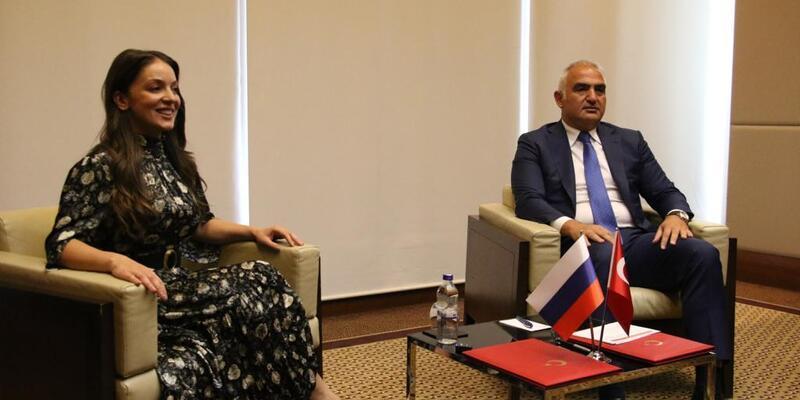 Bakan Ersoy: Yıl sonuna kadar 4 milyondan fazla Rus misafiri ağırlayacağız