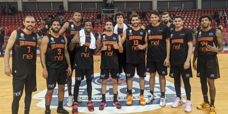 Galatasaray 4 sayı farkla kazandı