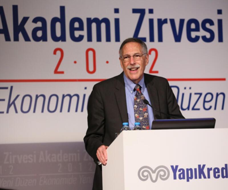 """Nobelli ekonomist: """"Türkiye şanslıydı..."""""""