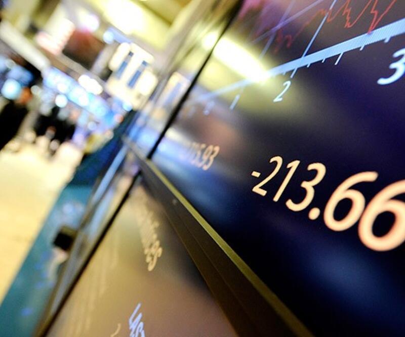 Avrupa'nın borç batağı sürüyor