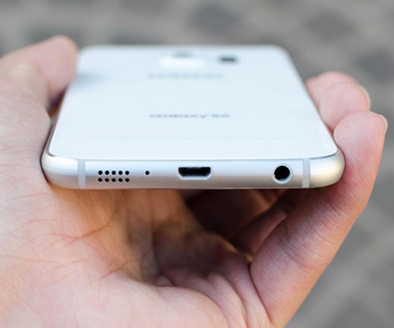 Samsung S7'ye magnezyum kasa