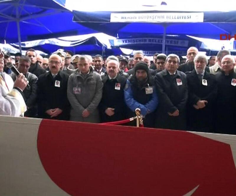 Şehit polis Yıldız için Mersin'de tören