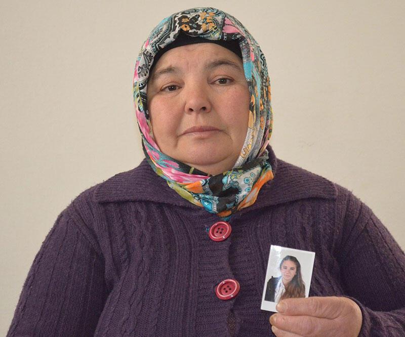 16 yaşındaki Ayşegül 1 aydır kayıp