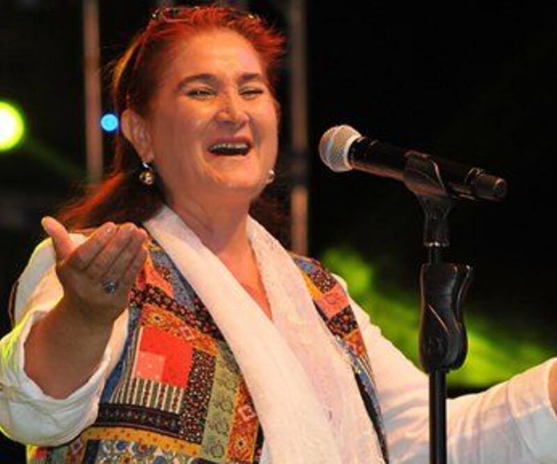 TRT'den Sabahat Akkiraz'a yasak