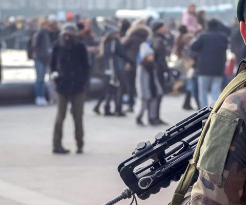Avrupa borsaları  Paris'teki saldırı sonrasında geriledi