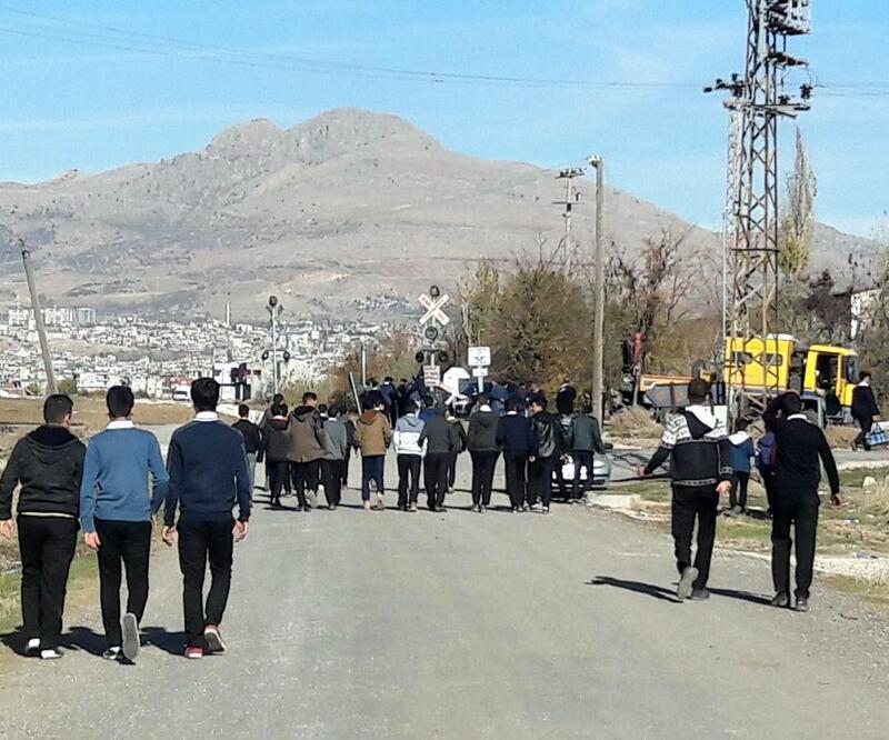 Diyarbakır'da öğrencilere yemek eziyeti