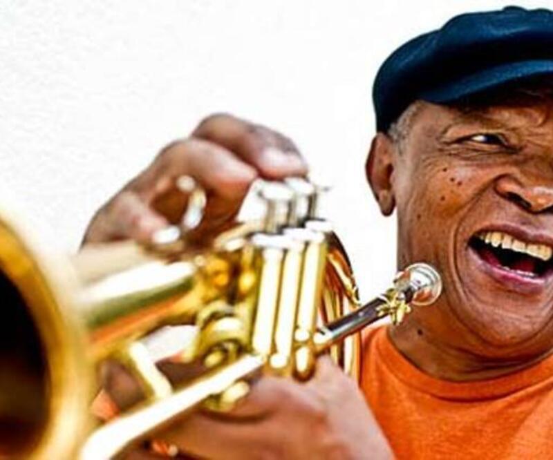 Son dakika: Afrika'da caz müziğin babası Hugh Masekela hayatını kaybetti