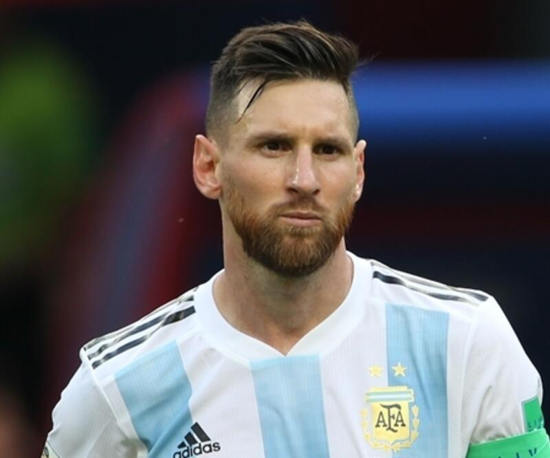 Messi ödülü geliyor