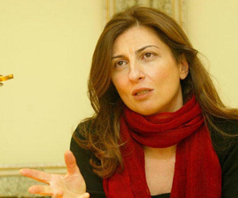 Yazar Nuray Mert'e hapis cezası