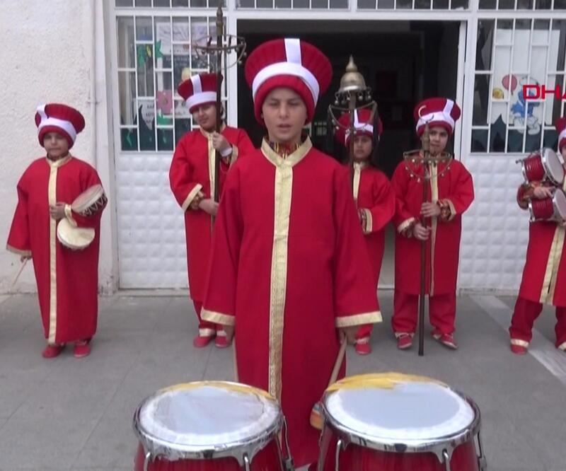 Edirne'deki ilkokulun mehter takımı ilgi odağı