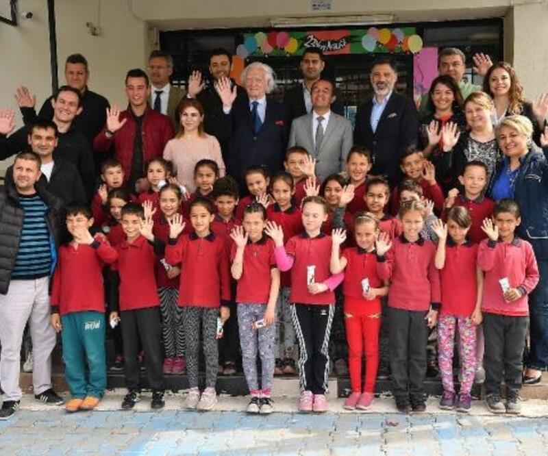 Manisa kırsalındaki 5 okulu yenilediler