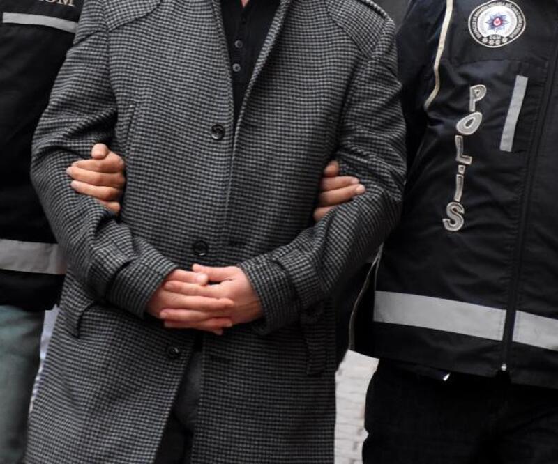 Eski savcı ve cezaevi müdürü sınırda yakalandı