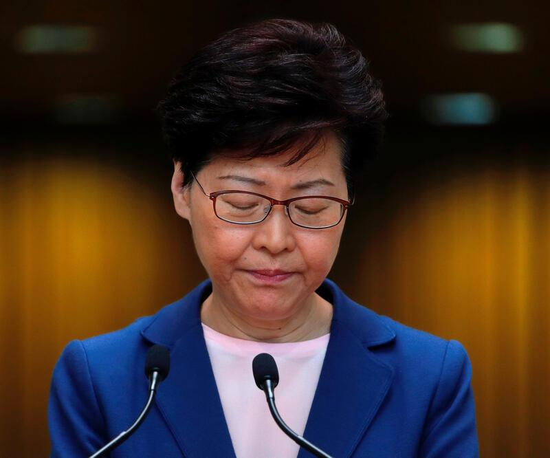 Hong Kong yönetimi açıkladı: Yasa tasarısı öldü