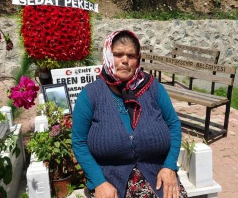 Eren Bülbül'ün ailesinin buruk bayramı