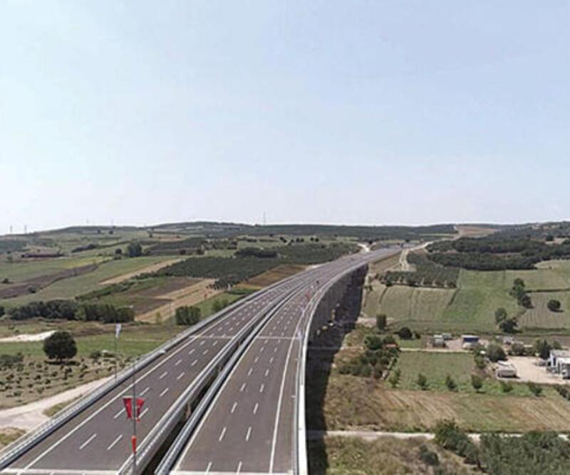 İzmir - İstanbul otoyolunda 9 günde 1.7 milyon araç geçti