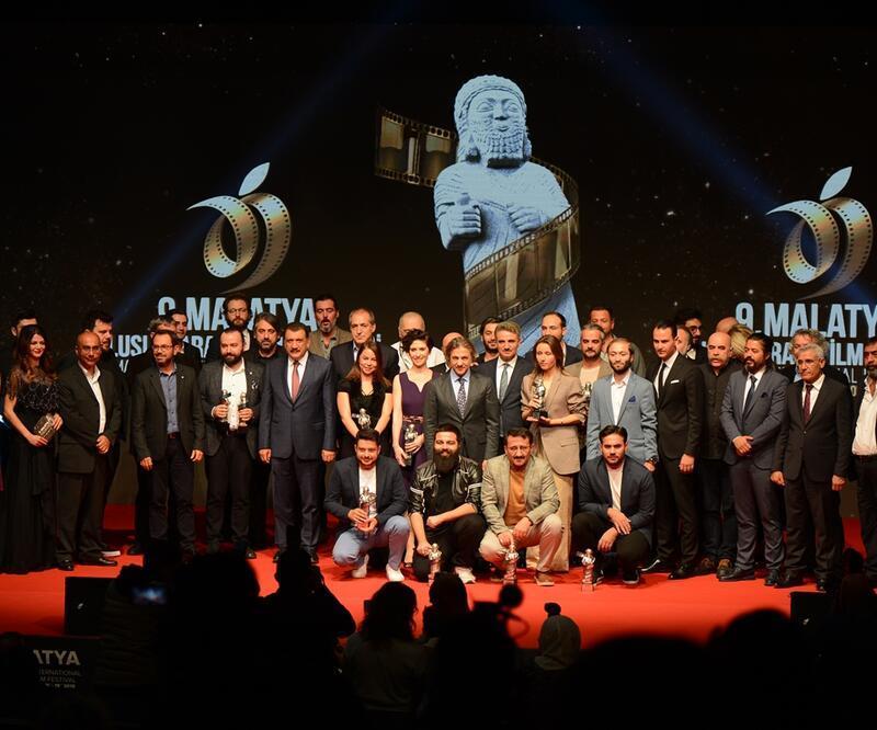 9. Malatya Film Festivali Kırmızı Halı ve Kapanış Töreni CNN TÜRK'te ekrana geldi