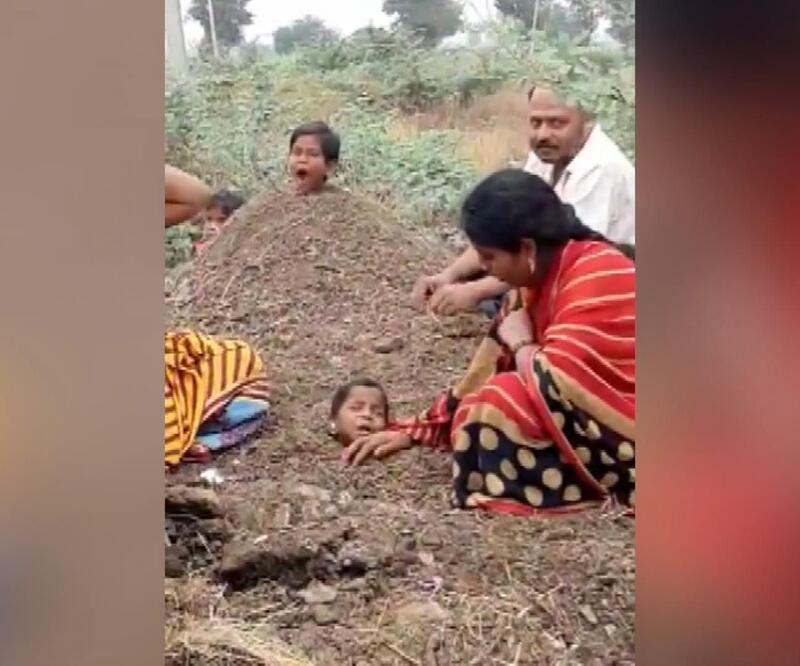 Kan donduran olay: Engelli çocukları toprağa gömüp iyileşmelerini beklediler