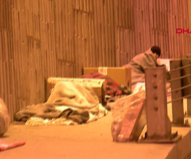DHA muhabiri 153'ü aradı evsizler için yardım istedi