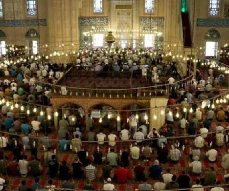 Cuma saatleri 24 Ocak: Diyanet Ankara, İzmir, İstanbul Cuma namazı saati