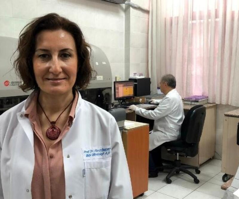 Prof. Dr. Cömert: Yarasalar virüslerin evrim geçirmesi için ortam oluşturuyorlar