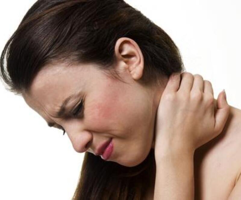 Geçmeyen omuz ağrılarını hafife almayın