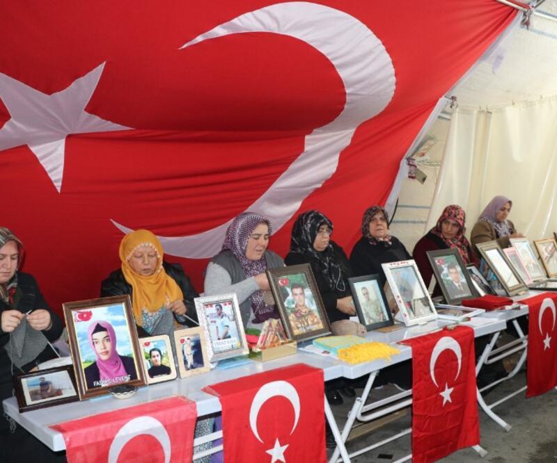 HDP önündeki eylemde aile sayısı 99 oldu